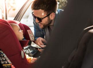 foteliki samochodowe dla dziecka